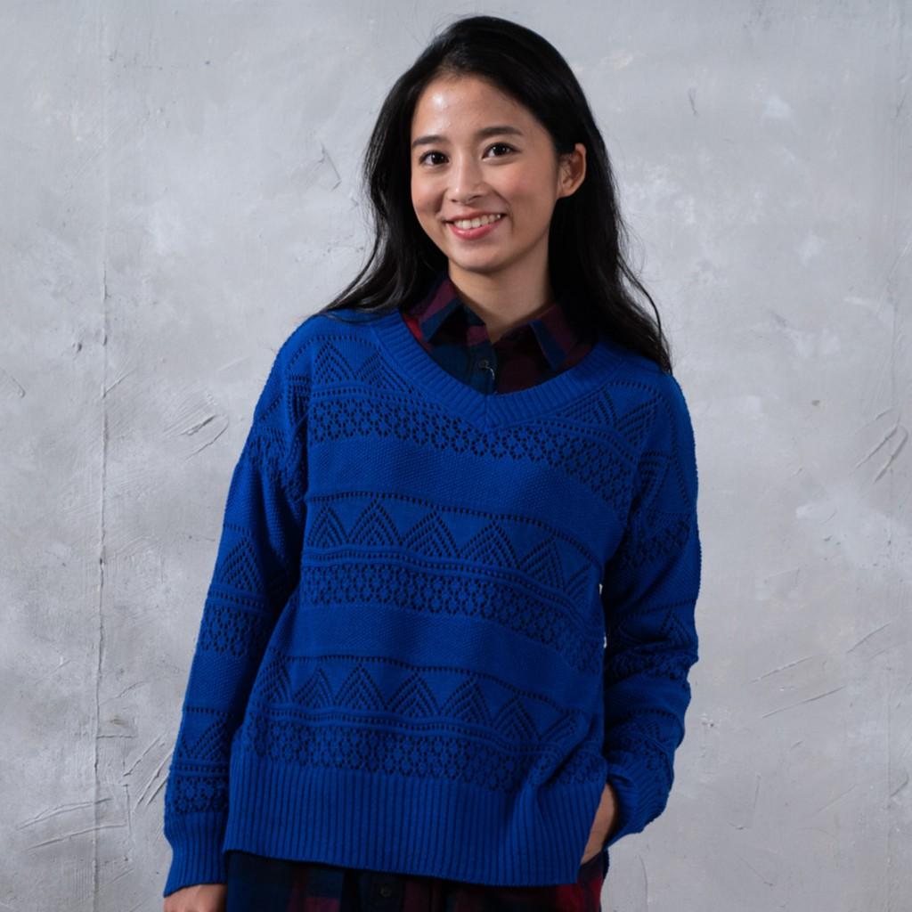 O-LIWAY 台灣製MIT 混棉V領蕾絲織花針織上衣