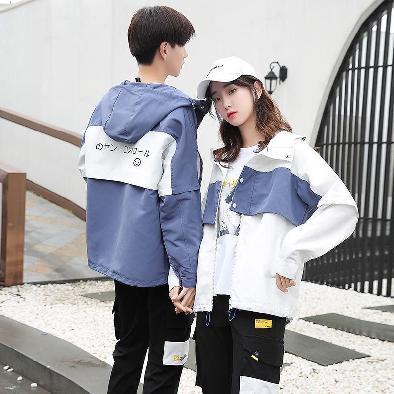 初見-韓版大尺碼情侶衣男女情侶外套 連帽外套 休閒外套 防風外套 薄外套 工裝外套2020年春季新款韓版百搭寬鬆顯瘦學院