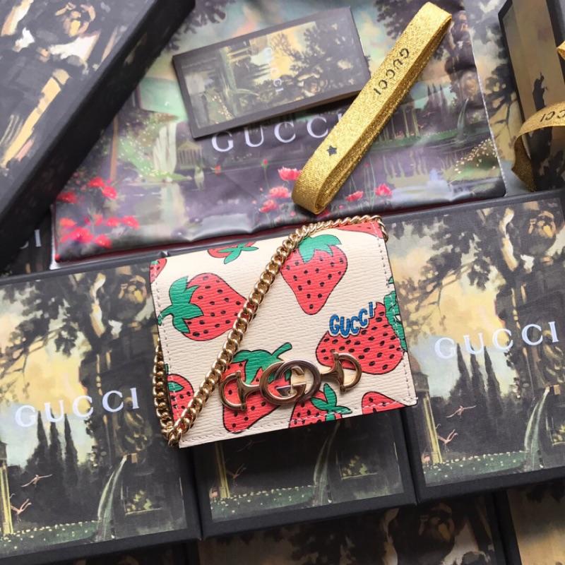 Gucci 獨特混搭設計元素斜挎錢包也可手拿