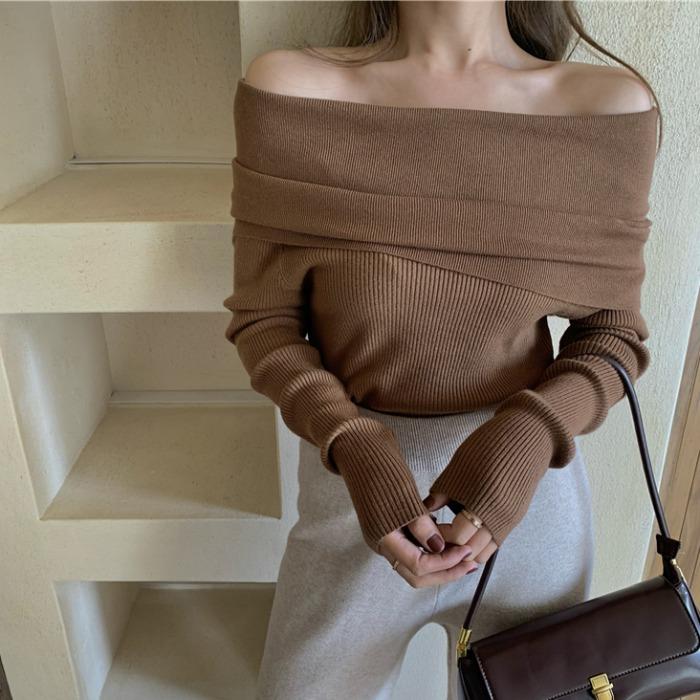 年秋冬新款修身显瘦长袖上衣女百搭小心机性感一字肩针织毛衣