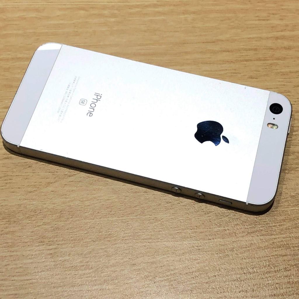 iphone SE 版本(12.6.1)  二手機