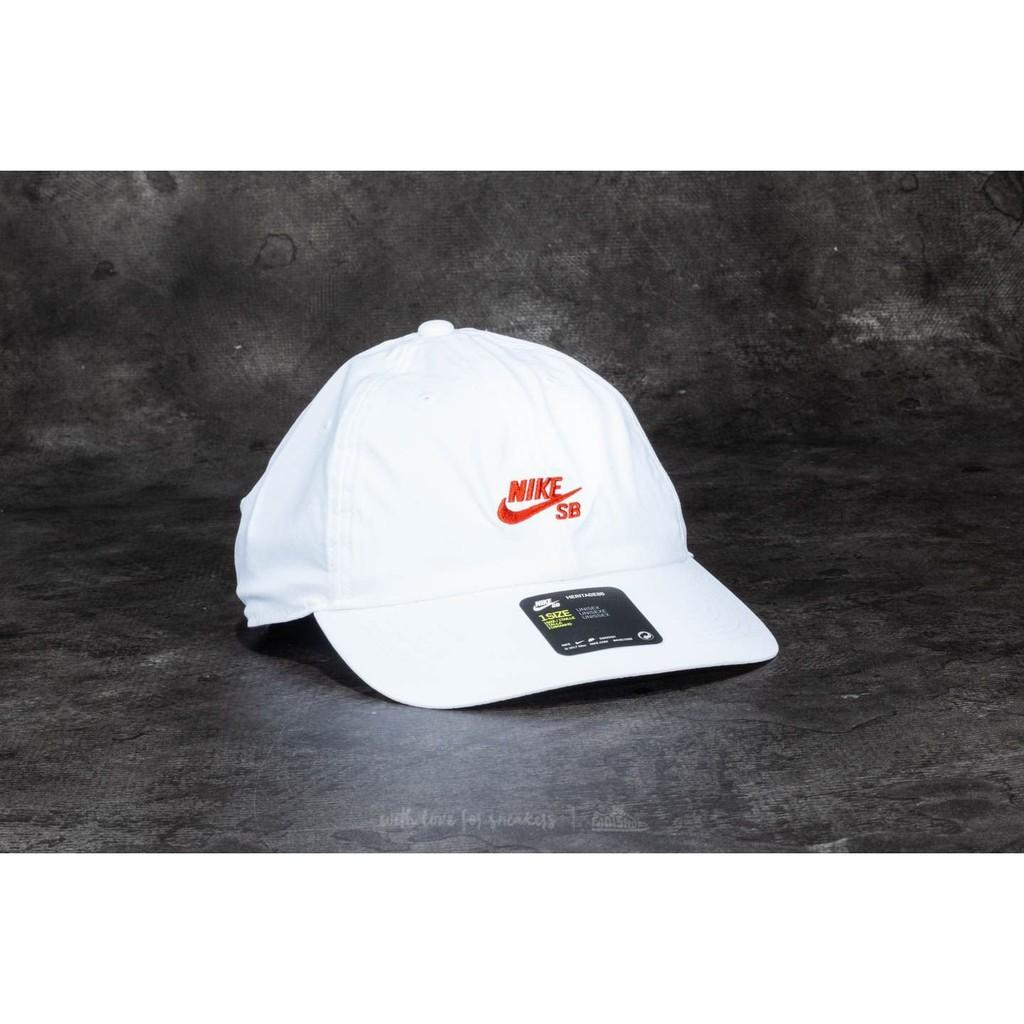 50a58272204 2018 4月Nike SB Cap 帽子926686-010 五分割帽透氣運動訓練運動帽遮陽 ...