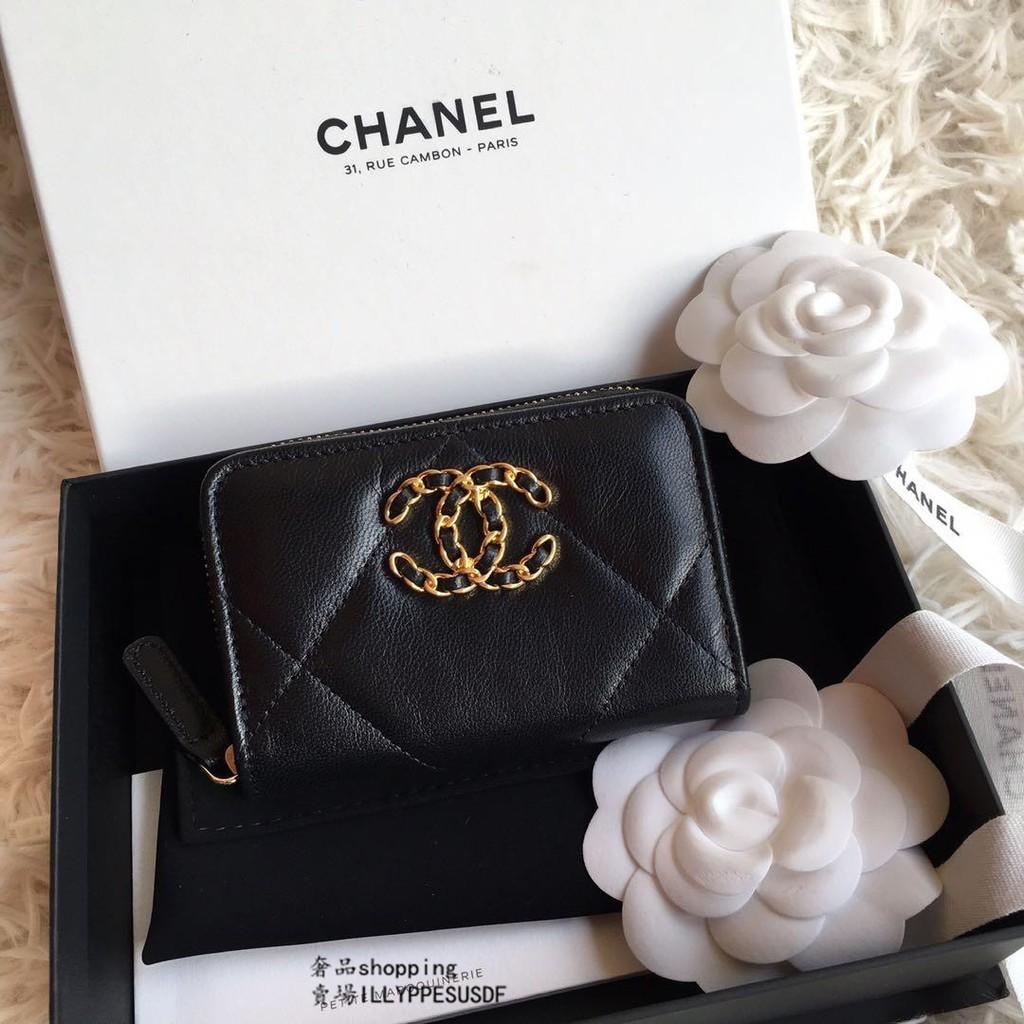 Chanel 19 系列 黑色 小羊皮 ㄇ字 拉鍊 卡片 零錢包 AP0949