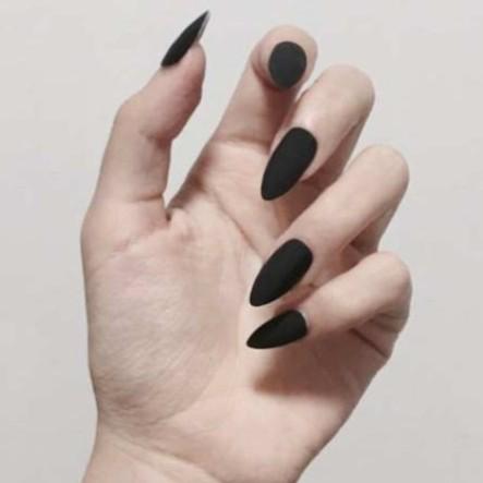 黑色磨砂 指甲成品 美甲甲片長款尖頭 純色 指甲貼片 24片盒裝 NE0084【買送5配件】