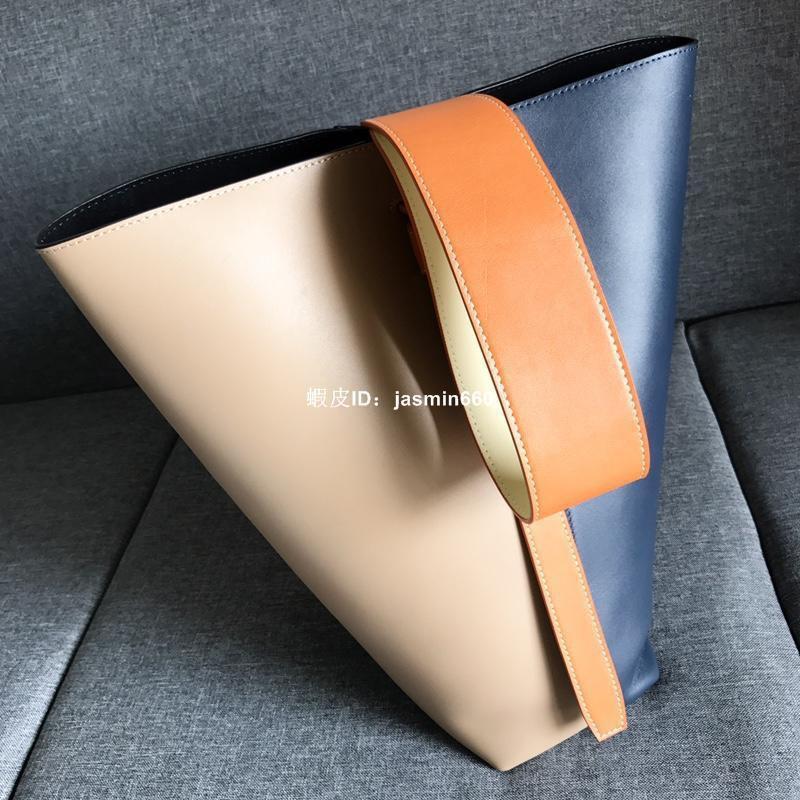 賽琳 Celine拼色水桶包Celine twisted cabas包 側背包 女生斜背包