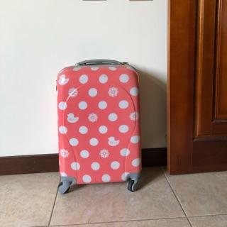 二手19吋粉紅硬殼 行李箱 登機箱 ettusais艾杜紗luggage case 南投縣