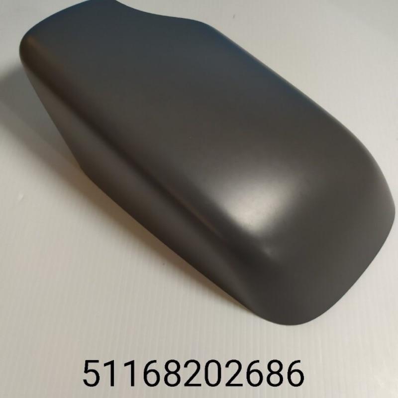 BMW 51168202686 後視鏡蓋 RH E39/-97.9