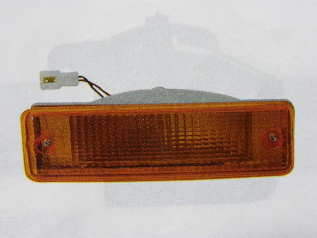 三菱 中華 VARICA 威力 威利 前小燈 保桿燈 方向燈 其它發電機,啟動馬達,水箱,來令片,分電盤 歡迎詢問