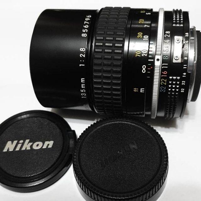 Nikon AI 135mm F2.8 中距人像鏡(內建遮光罩)