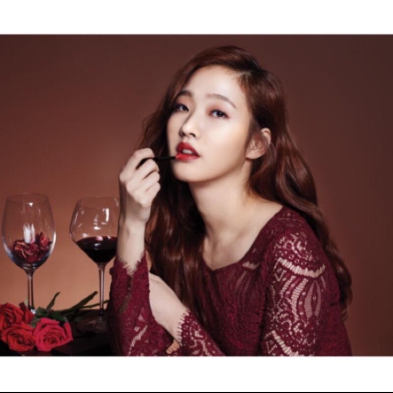 紅酒瓶唇彩 正品 珊瑚紅