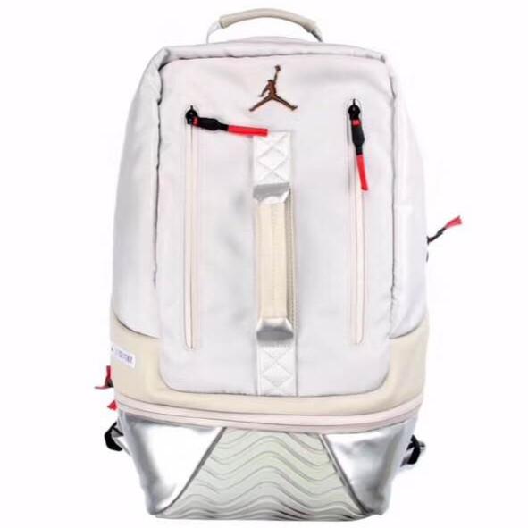 Nike JORDAN 11 Retro BACKPACK 黑紅AJ11後背包鞋底AJ11雙肩包喬丹背包  蝦皮購物 e2c259d7c4