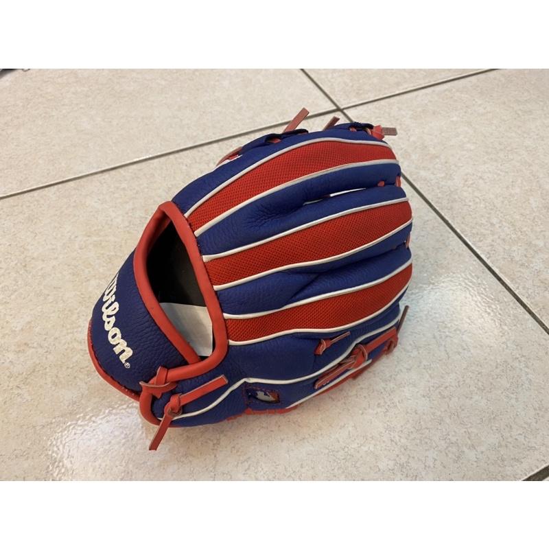 Wilson棒球手套,迪卡儂購入(左撇子專用,右手套)