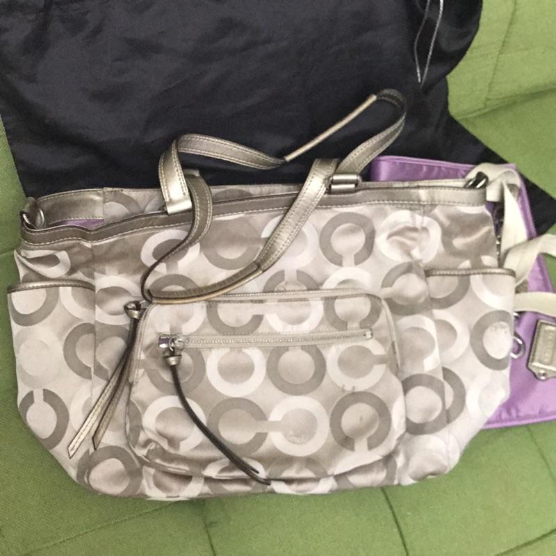 二手COACH 正品 銀色媽媽包 內層紫色