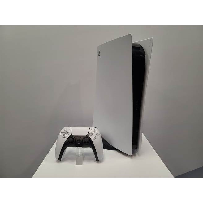 徵PS5數位/光碟板,15000/18000+PS4主機雙手把原廠充電座跟您貼換