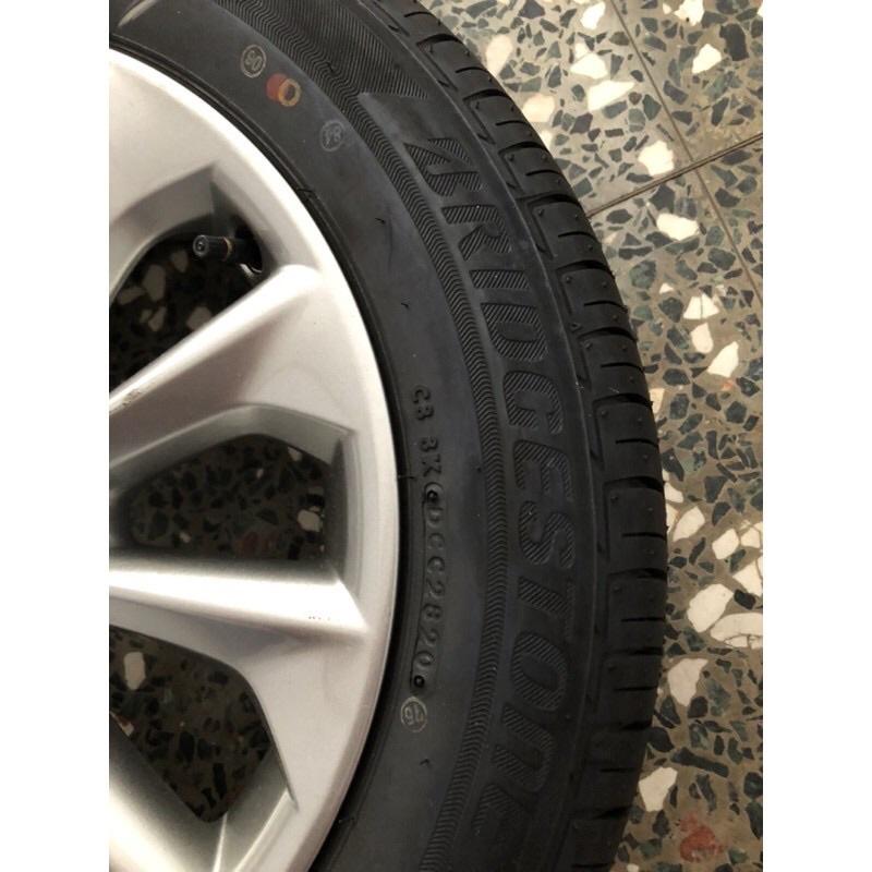全新 原廠16吋TOYOTA  2020/9月ALTIS全新鋁圈+全新輪胎4顆。全新落地胎!