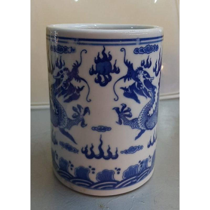 落款乾隆年製雙龍搶珠青花筆筒茶具筒擺件