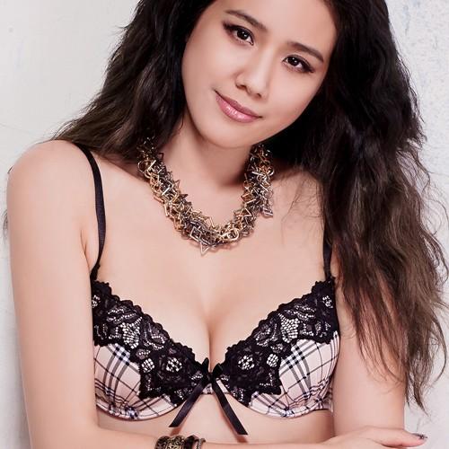 FLORA LOVELY英倫情 B-F罩杯日本內衣成套(駝)