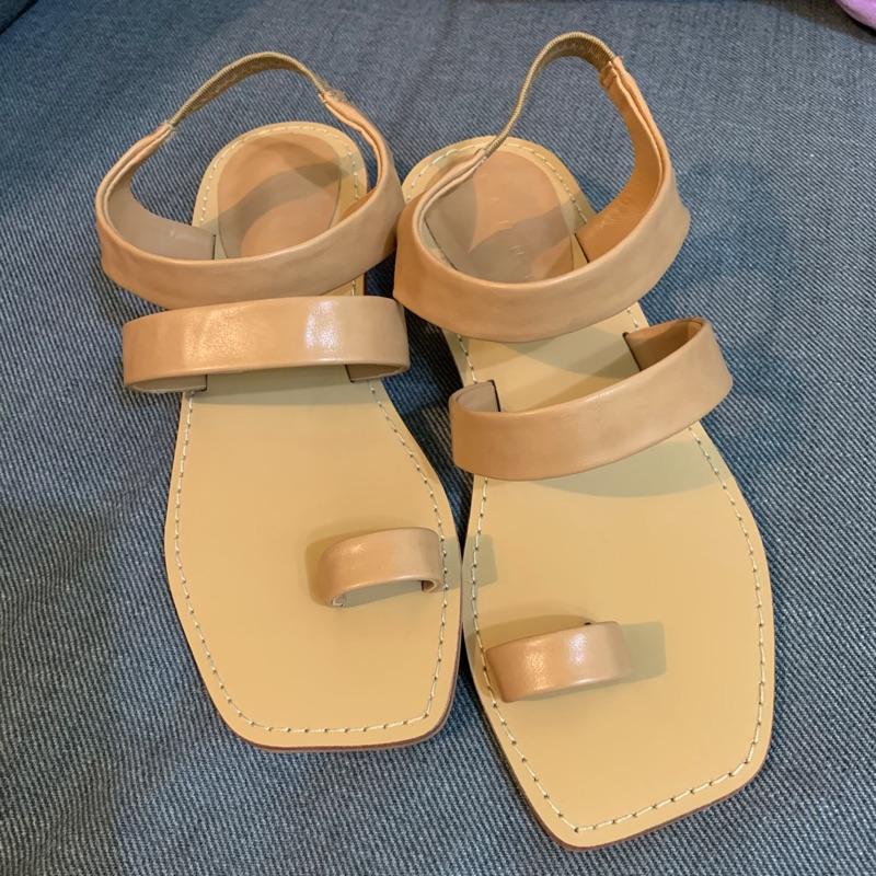 (全新)韓國鬆緊皮革方頭涼鞋