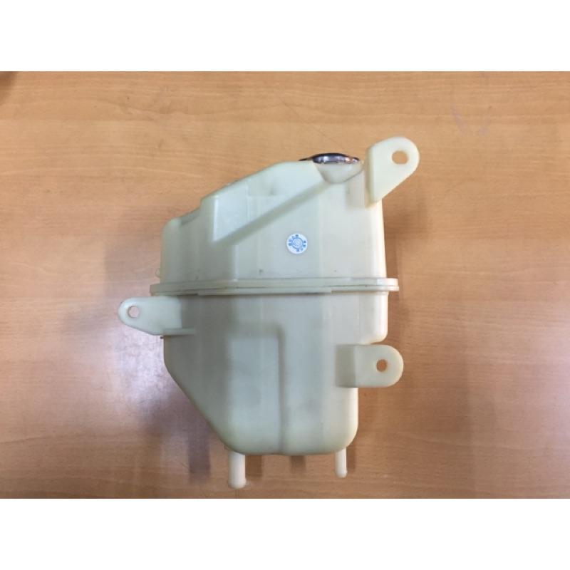 [好車汽材] 中華三菱 Space gear RV人 備水桶 副水箱 台製