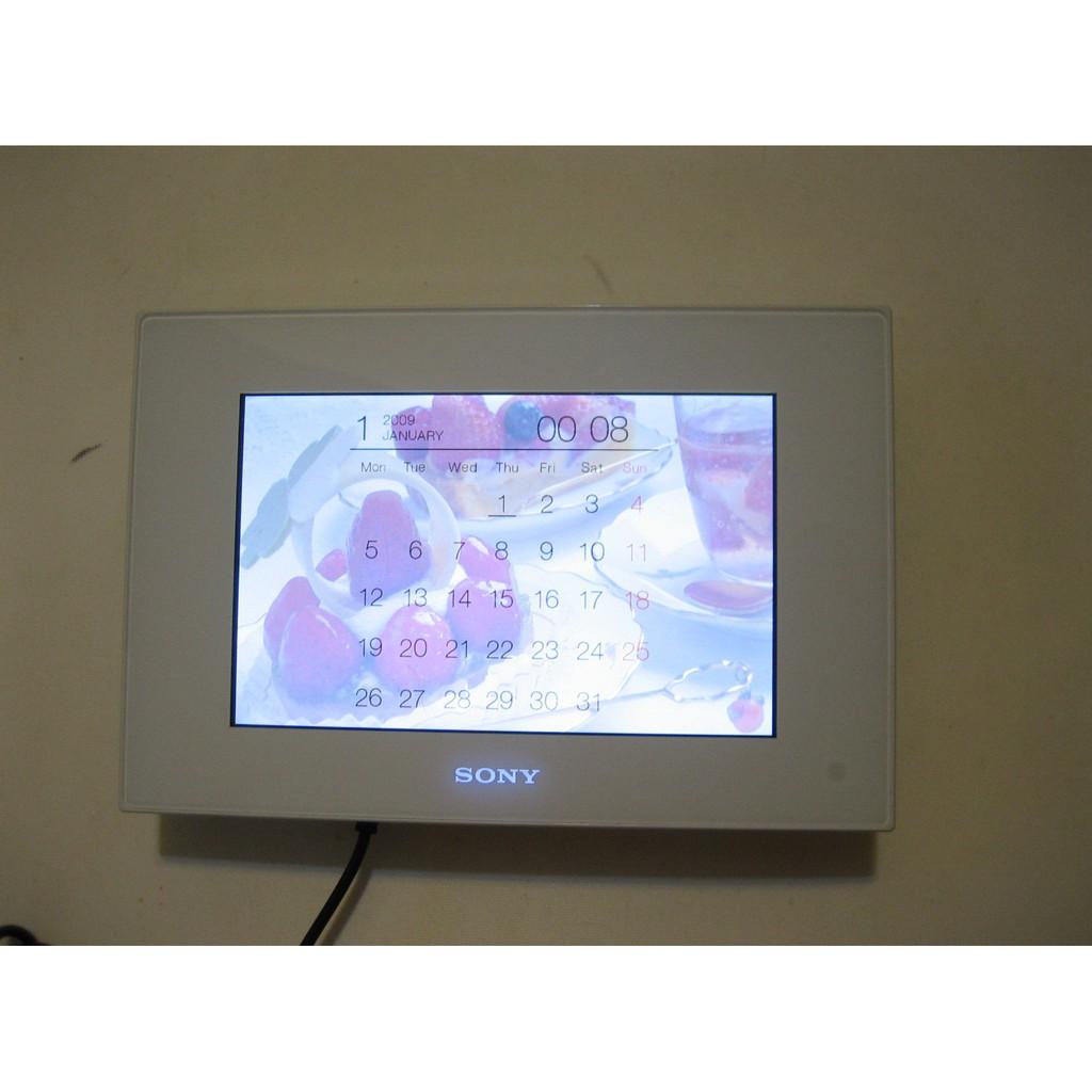 sony 7吋數位相框 DPF-D72(雅緻白)