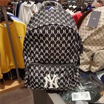 MLB  NY 洋基隊滿版字母 背包 小背包 後背包 雙肩包 肩背包 mlb書包 百搭 大號 小號 休閒後背包