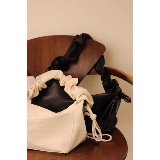 皺皺包 雲朵包木耳包韓國🇰🇷背帶抽摺設計 抽繩可調背帶用包ear studio同款