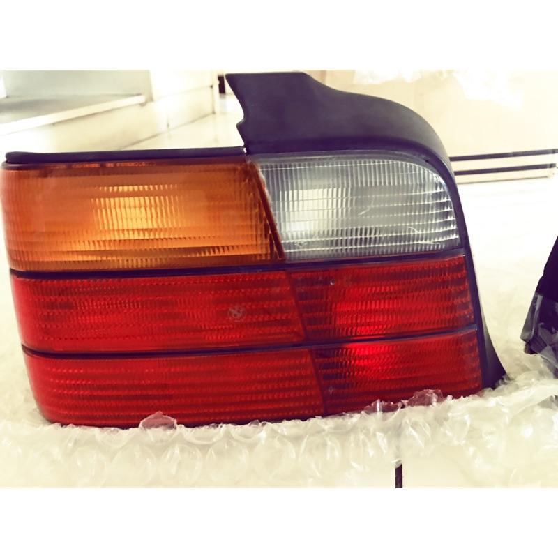 E36 BMW 4門 原廠尾燈
