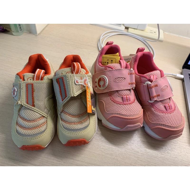 全新 童鞋 moonstar 購入 15cm. 16cm carrot 矯正鞋