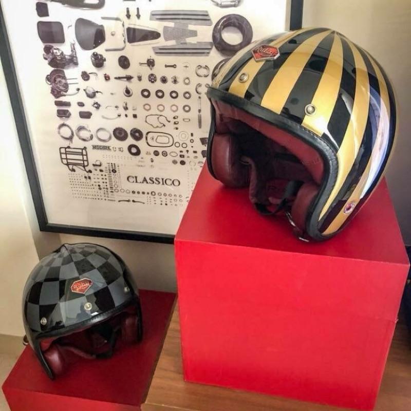 Ruby Luxury Helmets 黑/水泥灰 賽車格 安全帽 黃金L號