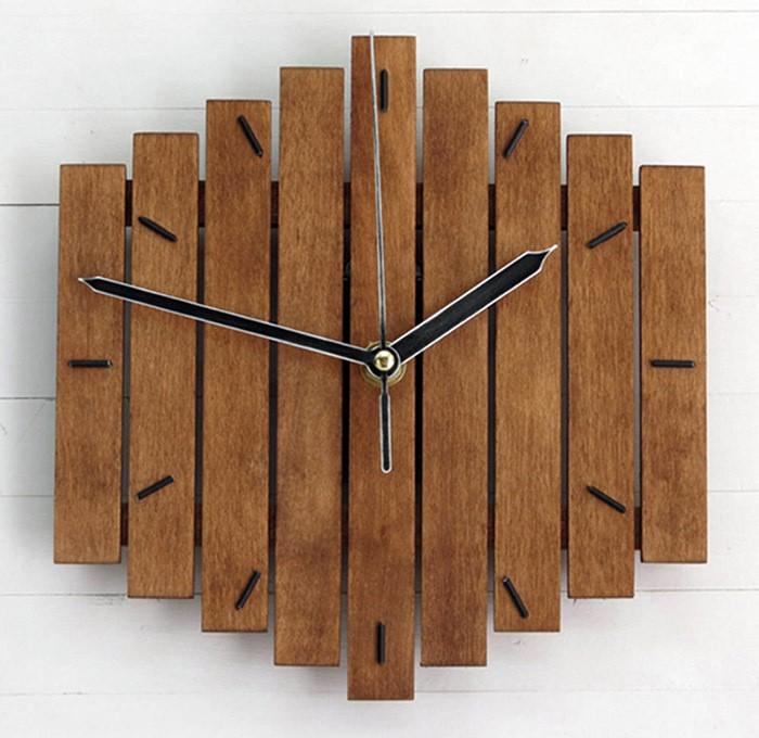 ❋❀新品✽現貨❤鄉村田園歐式木制掛鐘創意復古客廳時鐘表WoodenClock墻面裝飾