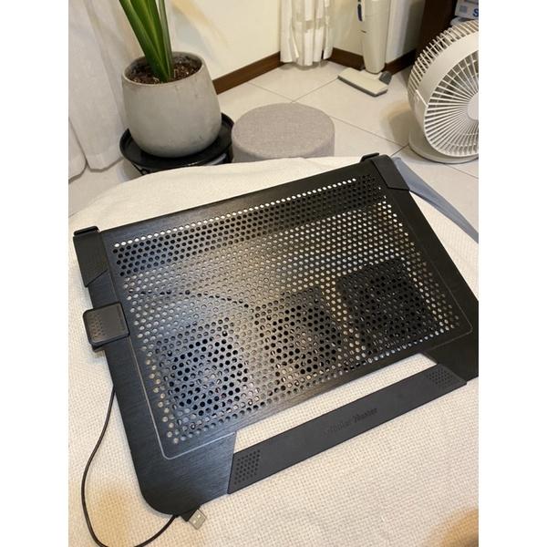 酷碼筆電散熱器 cooler master U3 Plus(三風扇)
