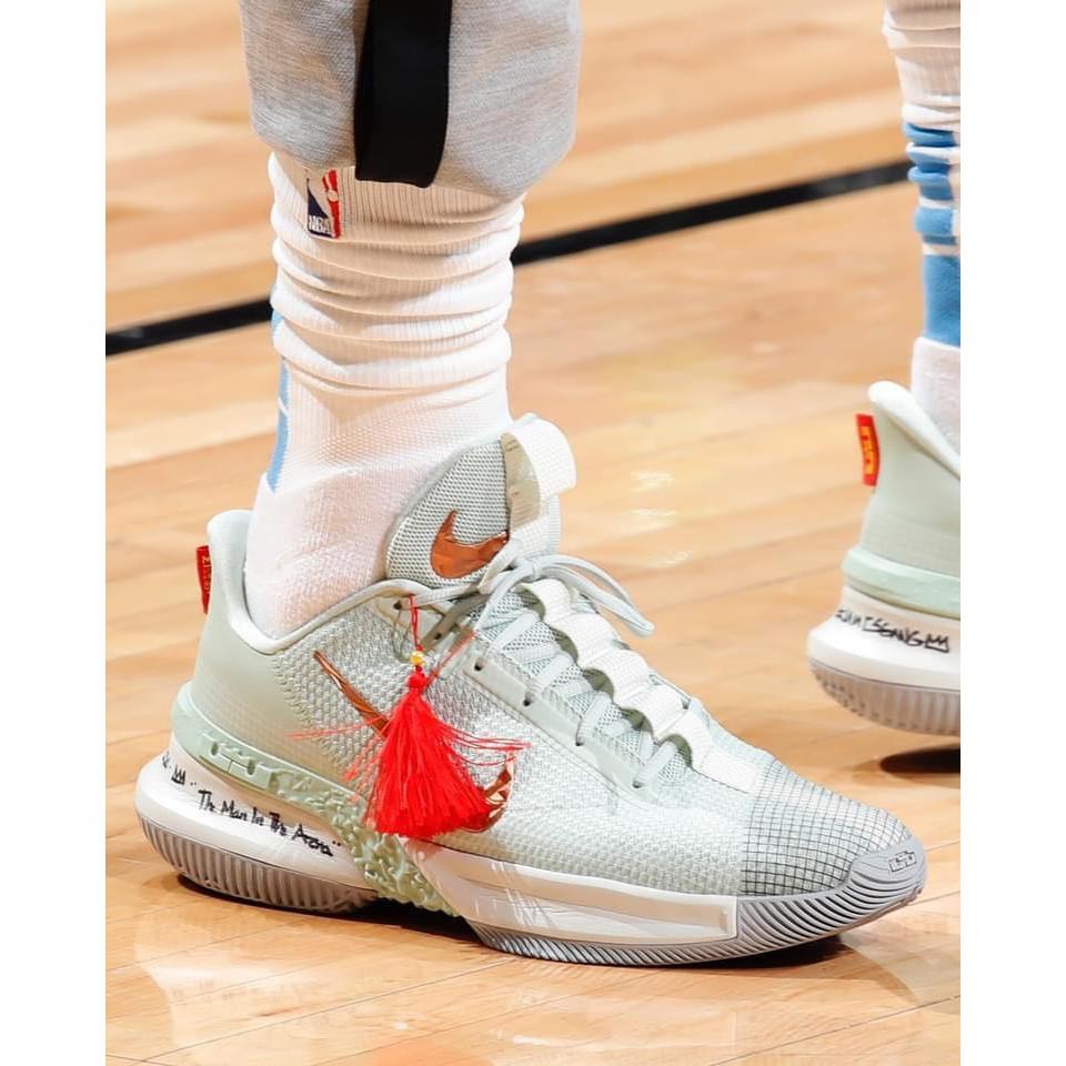 柯拔 Nike Ambassador XIII CQ9329-300 籃球鞋