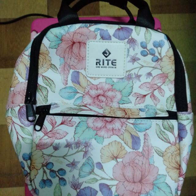 RITE可愛簡約後背包