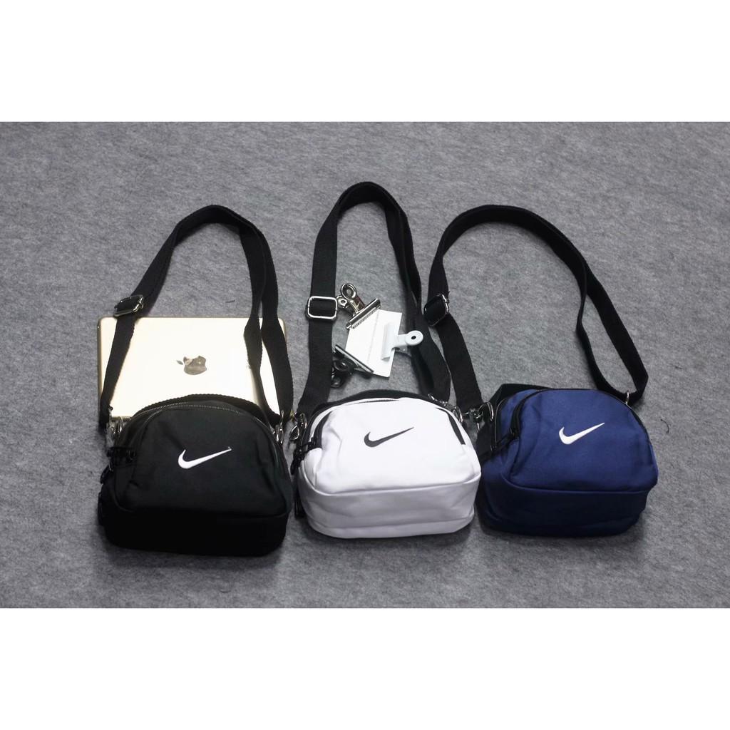 4eb19afaba NIKE Swoosh Mini Bag 惡搞NIKE 斜挎包相機包小包單肩包側背包