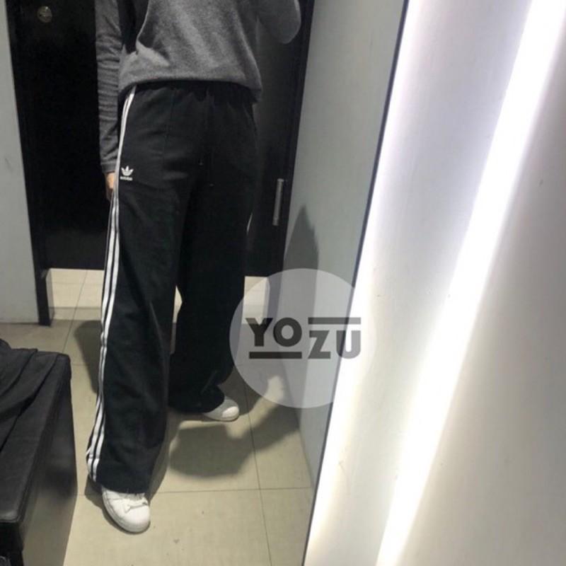 ⭐️YOZU ⭐️愛迪達 adidas 女生 三線褲 喇叭寬褲 GD2273