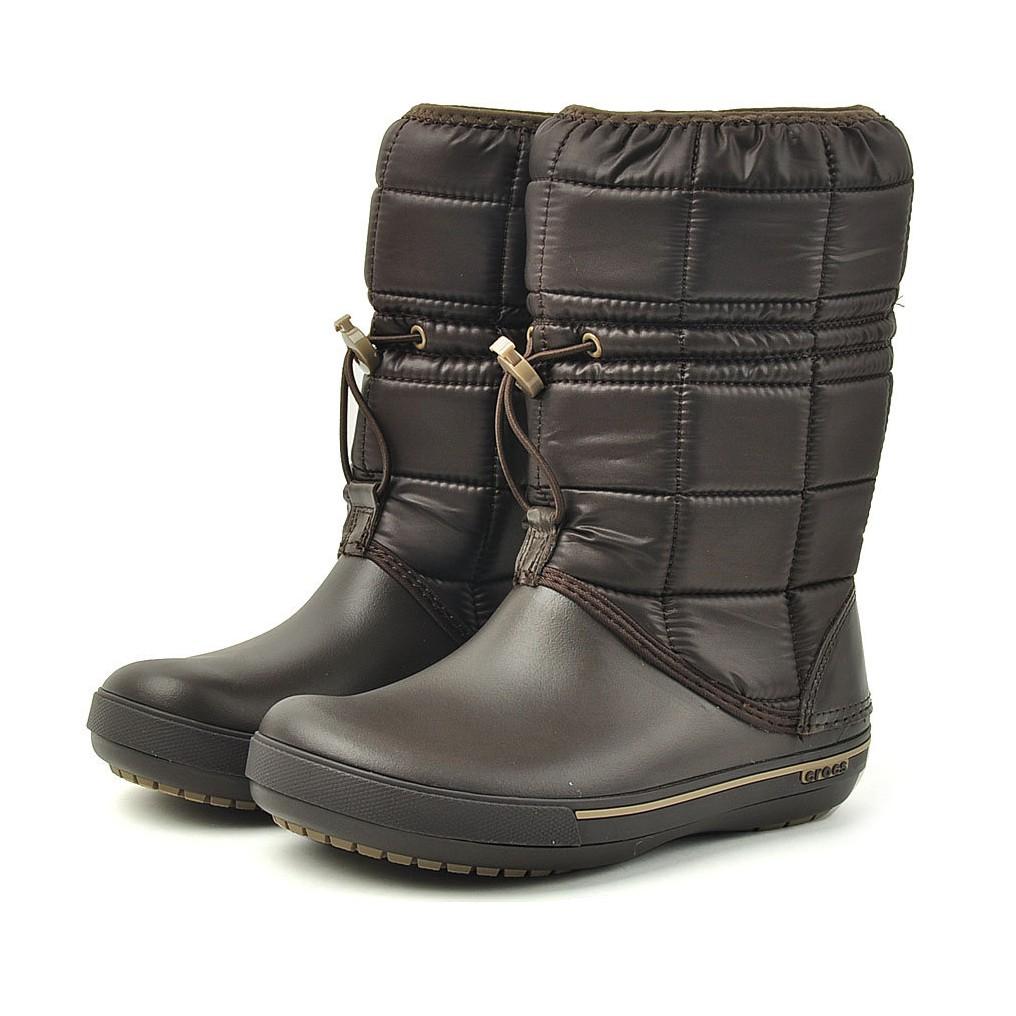 【奇奇】Crocs卡駱馳 女款 中筒卡駱斑冬日靴2.5代-深咖啡色 12933-22Y