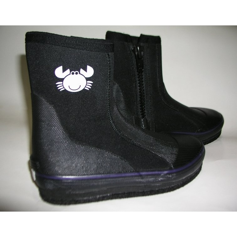 5a34ccd593f6e5b55f87205950d469c6 溯溪鞋選購完全指南:種類和選購原則 溯溪鞋 Ms Angela Chiang