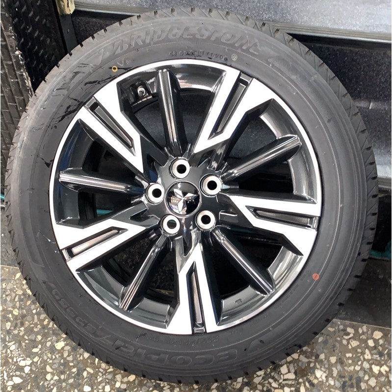 高雄人人輪胎 新車落地 三菱 Mitsubishi Outlander 18吋 原廠鋁圈 5孔114.3 7j et38