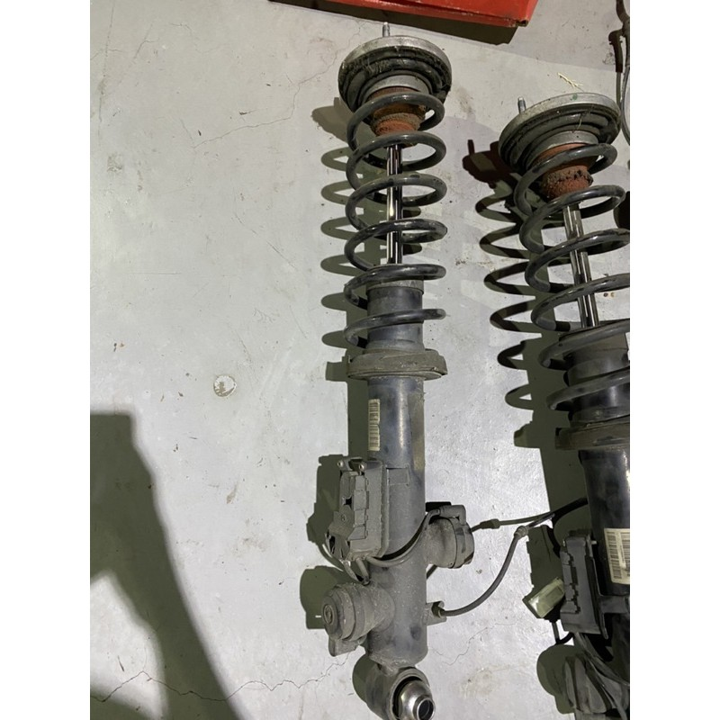 BMW F10 535i原廠電子避震器