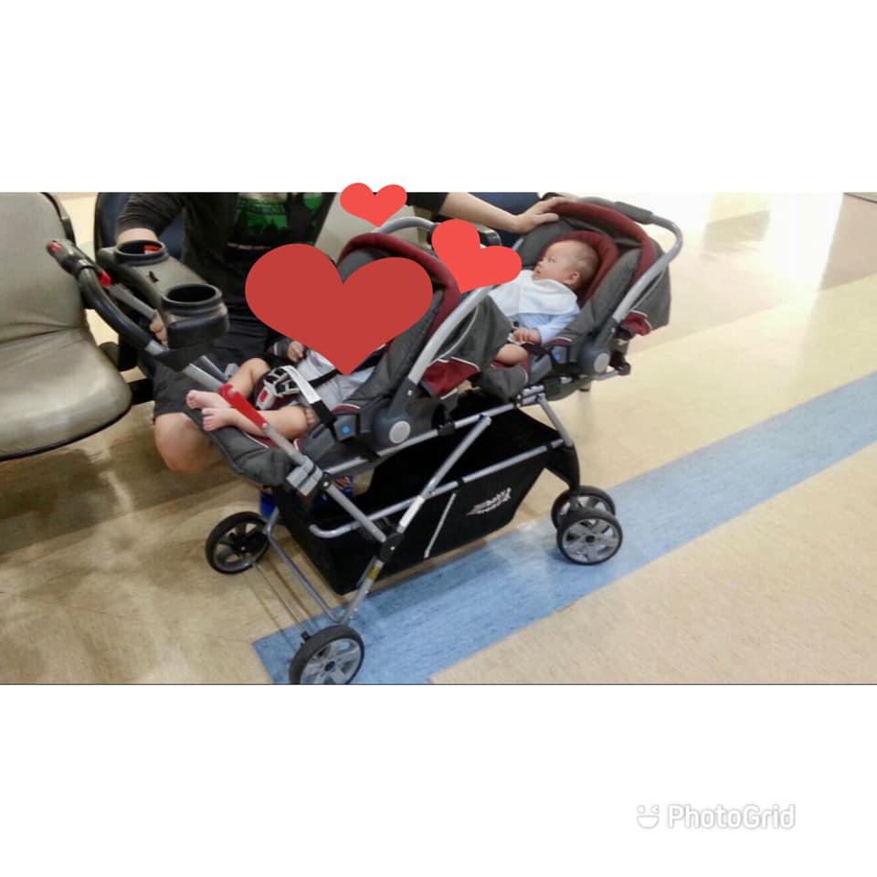 二手美國Baby trend(含兩個奇哥提籃汽座)雙人(雙胞胎)推車