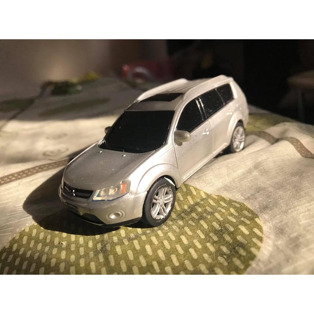 三菱國產原廠回力車 outlander 1/43 銀色模型 模型車 二手品 無盒