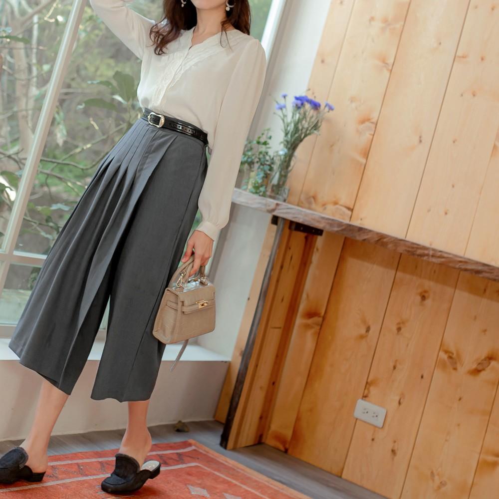 純色修身後鬆緊百褶七分寬褲裙 《BA6142》