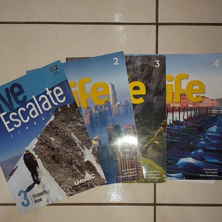 Live Escalate/Life2 3 4(剩life4)