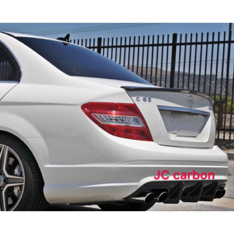 Benz w204前期碳纖維後下巴 c300卡夢後下巴加大鰭片