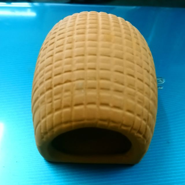 饅頭甕(繁殖:螯蝦,藍寶鸚鵡)小的