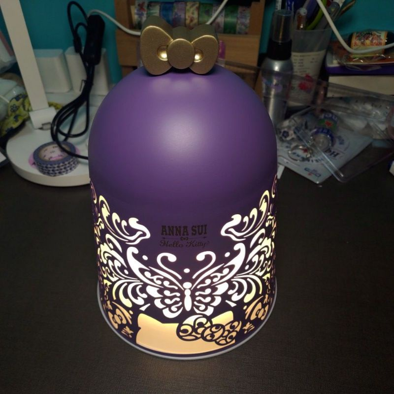 Anna Sui & Sanrio聯名氣氛夜燈(魔幻紫款)