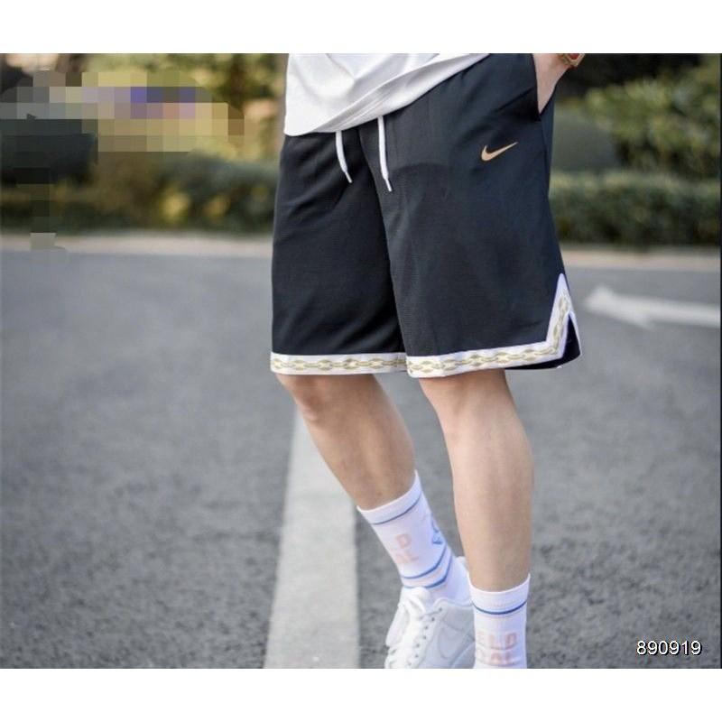 (麗先生服飾)NIKE 復古 休閒短褲 絕版 古著 男女皆可 短風褲 短褲 運動褲  Nike 潮流 運動風 嘻哈老爹褲
