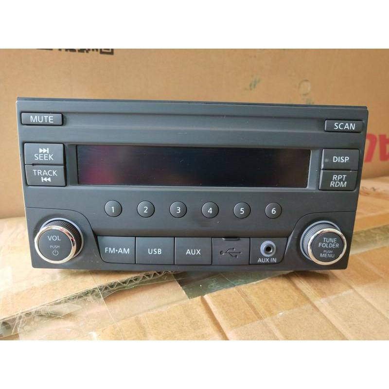 萊特 汽車精品 NISSAN原廠 AUX USB 汽車音響 (適tidia livian bluebird)