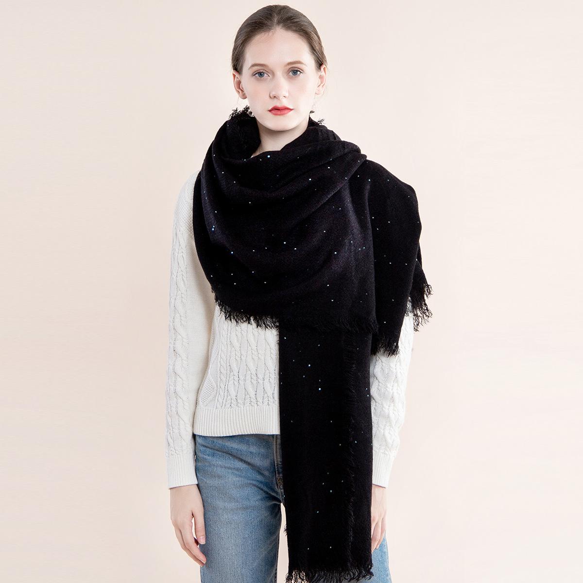 新款披肩女歐美仿羊絨圍巾女純色秋冬季str珠片圍巾