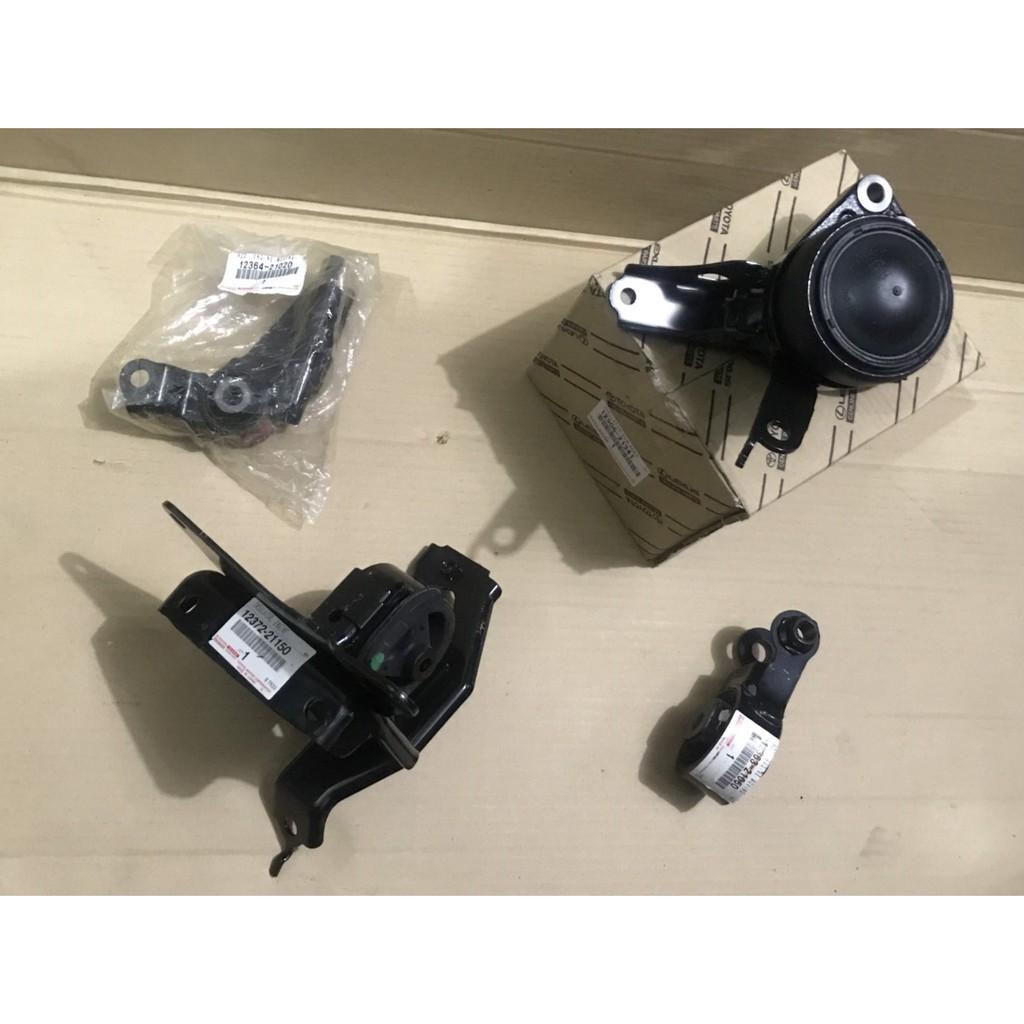 TOYOTA 06-13 YARIS  正廠  日本件 引擎腳